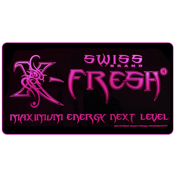 Einzigartiges Leuchtdisplay mit X-Fresh maximum energy Gravur. LED RGB Technik programierbar.